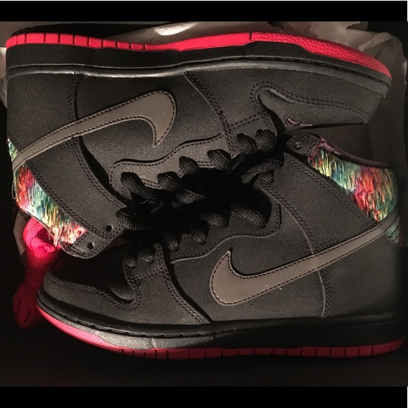 sale retailer a1cb0 7814d Skate Park of Tampa x Nike SB Dunk High Sz 6y
